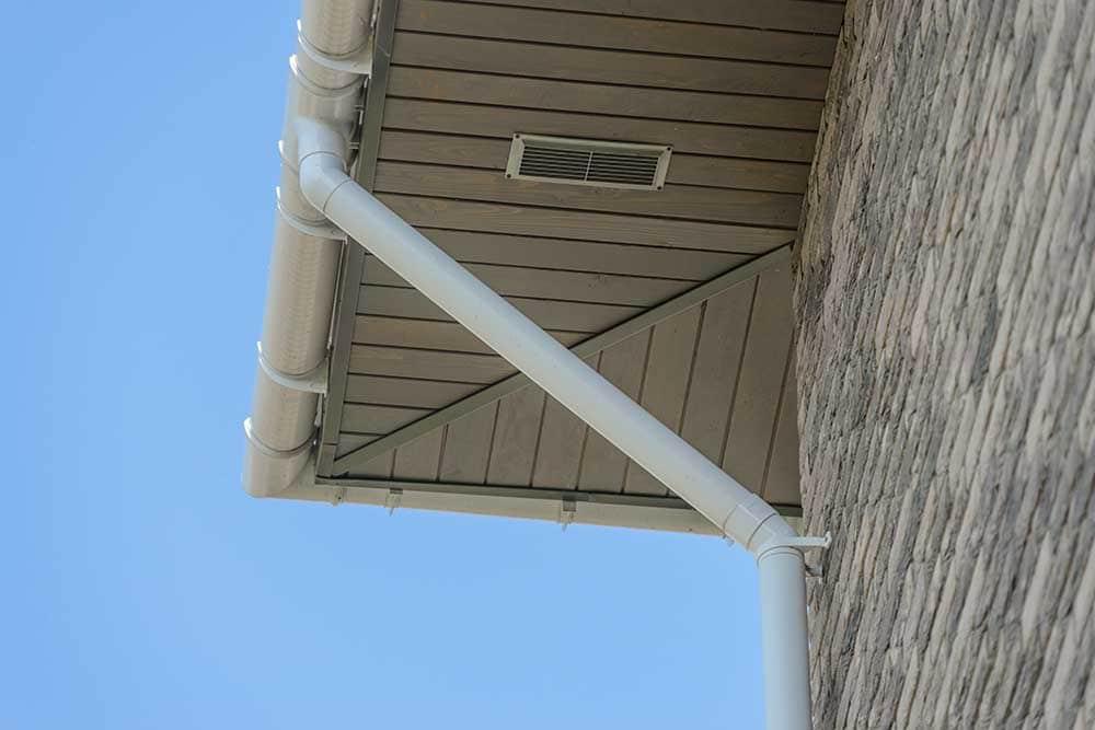 водосточная система, пластиковый водосток, пластиковый водосток купить, пластиковый водосток цена, водостоки для крыши, водостоки для крыши цена, водостоки для крыши пластиковые, белый водосток
