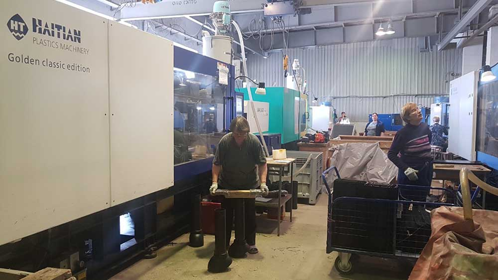 производство аэраторов, произодство вентиляционных выходов, производство пластиковых изделий, производство поливент, экструзия, соэкструзия, производство водостоков