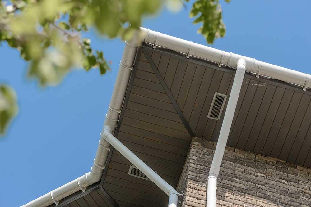 строительная комплектация, водосточная система, пластиклвый водосток, пластиковый водосток купить, пластиковый водосток цена, водостоки для крыши, водостоки для крыши цена, водостоки для крыши пластиковые, водостоки для крыши металлические, белый водосток